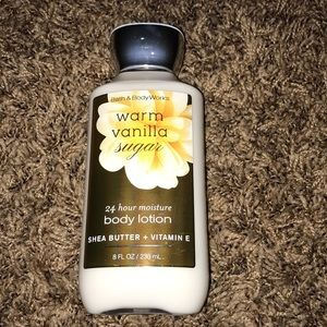 Free with purchase bath body works lotion NWT